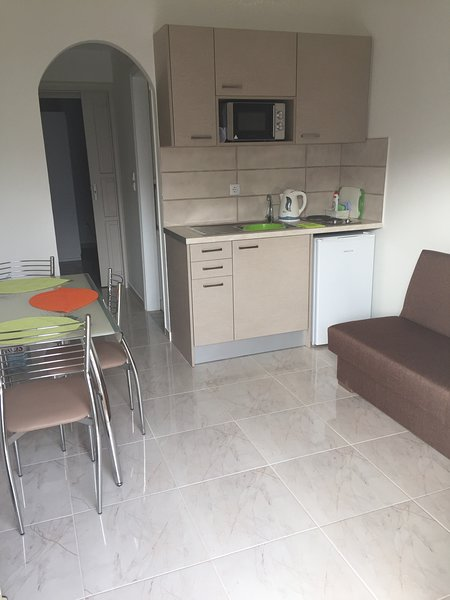 Janet's Apartments Elounda, location de vacances à Fourni