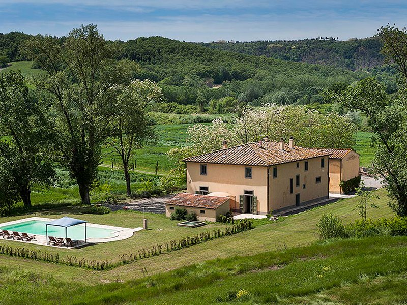 Montefoscoli Villa Sleeps 8 with Pool and WiFi - 5247741, alquiler vacacional en Palaia