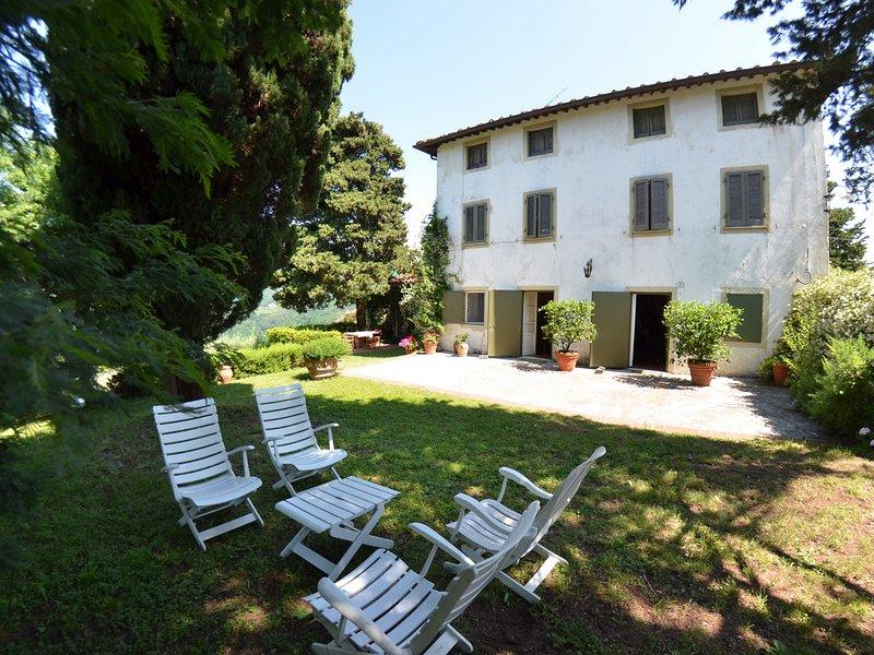 San Martino in Freddana-Monsagrati Villa Sleeps 8 with Pool and WiFi - 5247685, aluguéis de temporada em Torcigliano