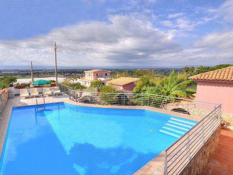 Isola delle Femmine Villa Sleeps 6 with Pool Air Con and WiFi - 5247408, casa vacanza a Santa Marina Salina