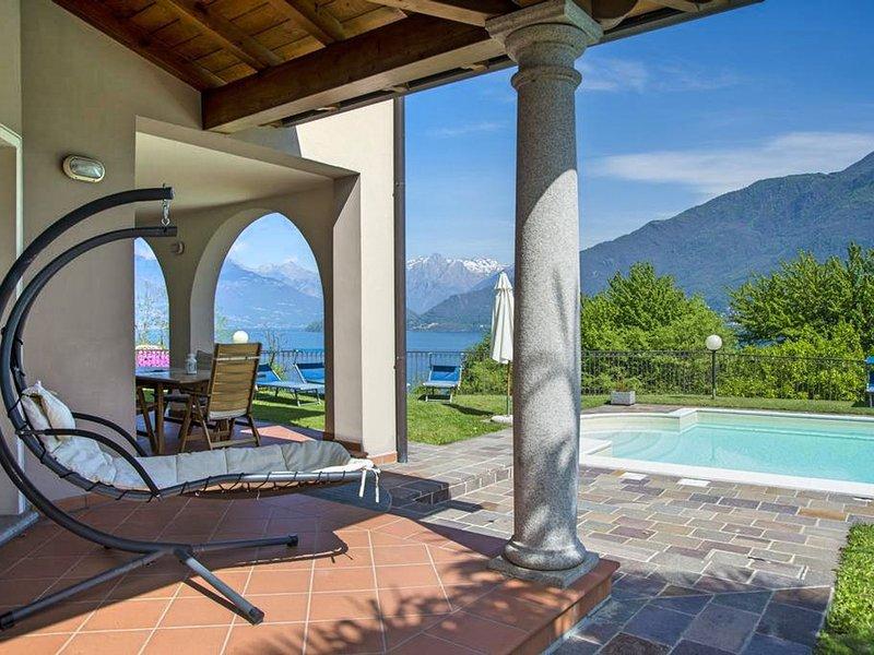 Vignola Villa Sleeps 6 with Pool and WiFi - 5689822, location de vacances à Pusiano