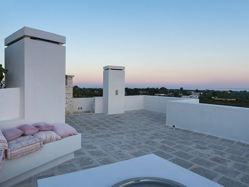 Manduria Villa Sleeps 8 with Pool Air Con and WiFi - 5248122, holiday rental in Erchie