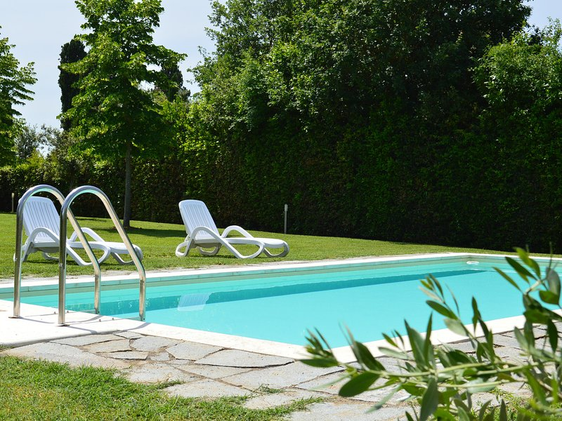 Castelnuovo Scalo Villa Sleeps 4 with Pool Air Con and WiFi - 5247803, location de vacances à Casanova Pansarine