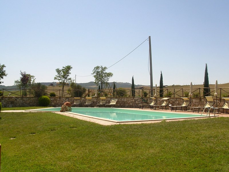 Gallina Villa Sleeps 12 with Pool Air Con and WiFi - 5312303, holiday rental in Gallina