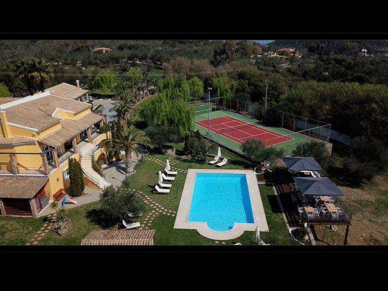 Vip Luxury Villa Privilege Classic Exclusive Corfu, holiday rental in Boukari