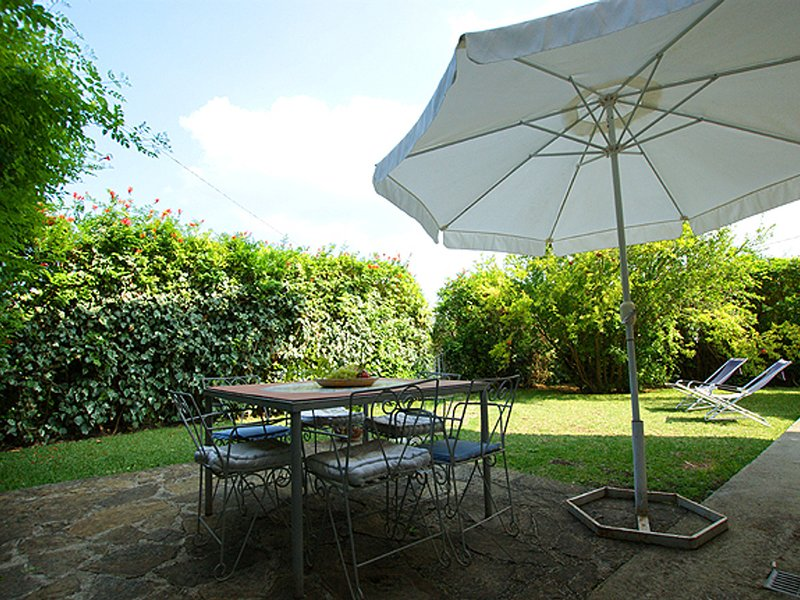 San Salvatore Telesino Apartment Sleeps 6 with Pool Air Con and WiFi - 5248294, vacation rental in Licosa