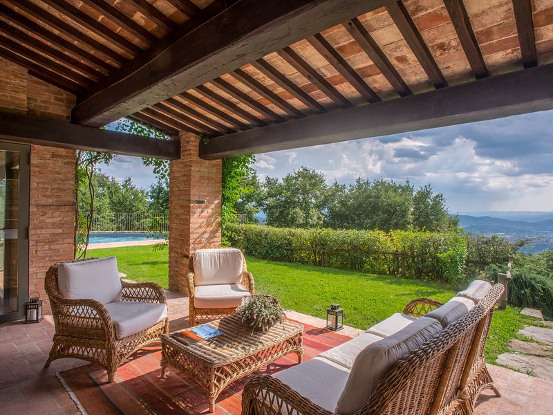 Le Poggiacce Villa Sleeps 10 with Pool Air Con and WiFi - 5674835, holiday rental in Antria