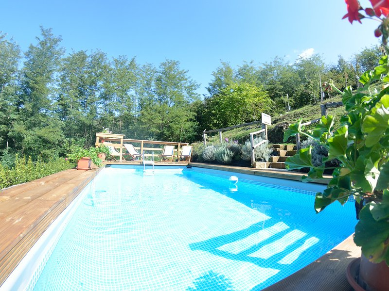 Castelvecchio Villa Sleeps 6 with Pool Air Con and WiFi - 5247718, holiday rental in Castelvecchio