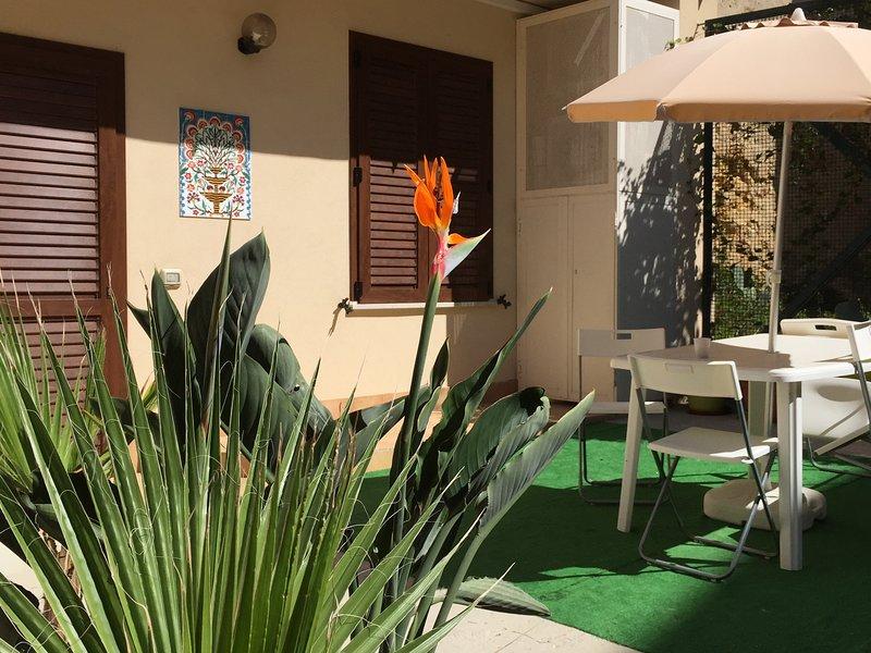 bilocale pianoterra anche per disabili IL GABBIANO, vacation rental in Mazara del Vallo