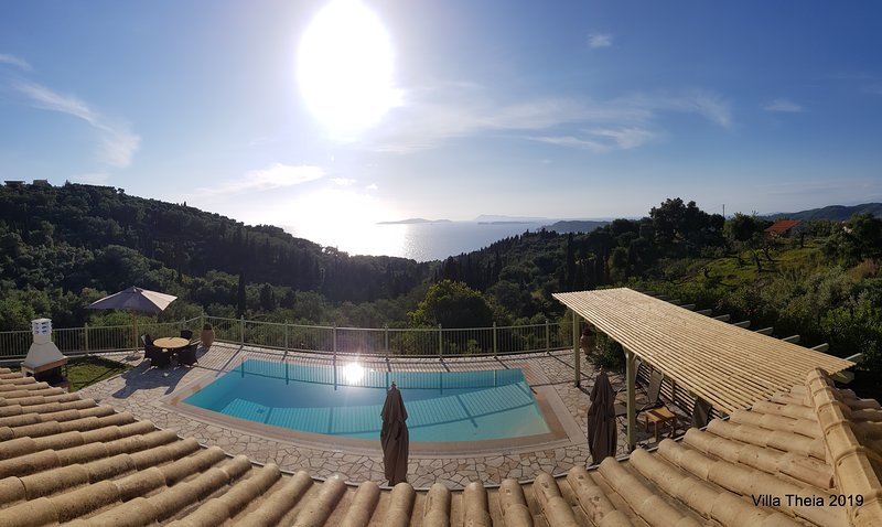 Villa Theia. Holiday Villa in Arillas. Corfu, holiday rental in Agios Stefanos