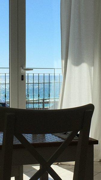 L'alcova delle Sirene Open space vista mare, holiday rental in Bergeggi