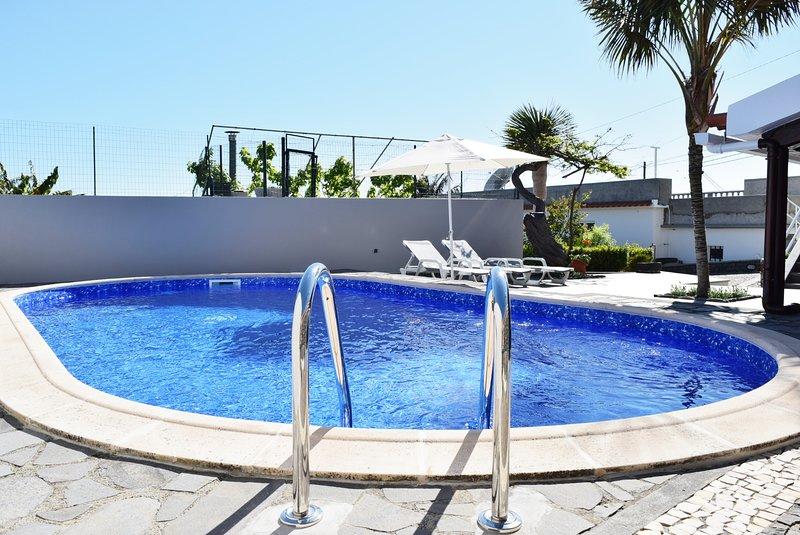 Casa da Edite, a Home in Madeira, holiday rental in Ponta Do Sol