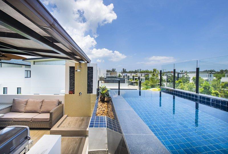 4 BDR Laguna Park Phuket Holiday Home, Nr. 15, holiday rental in Cherngtalay