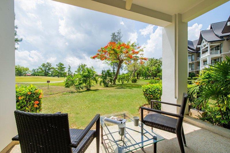 1 BDR Apartment Allamanda Phuket, Nr. 19, holiday rental in Cherngtalay