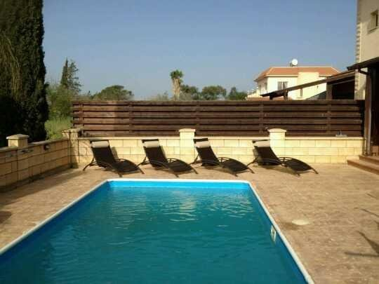 Villa accommodation in Liopetri with private pool, vacation rental in Xylophagou
