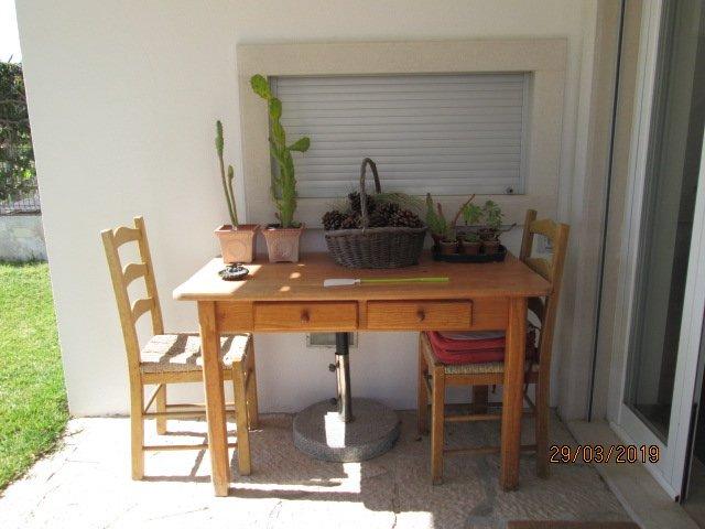 Spacious house near the beach, casa vacanza a Aldeia do Meco