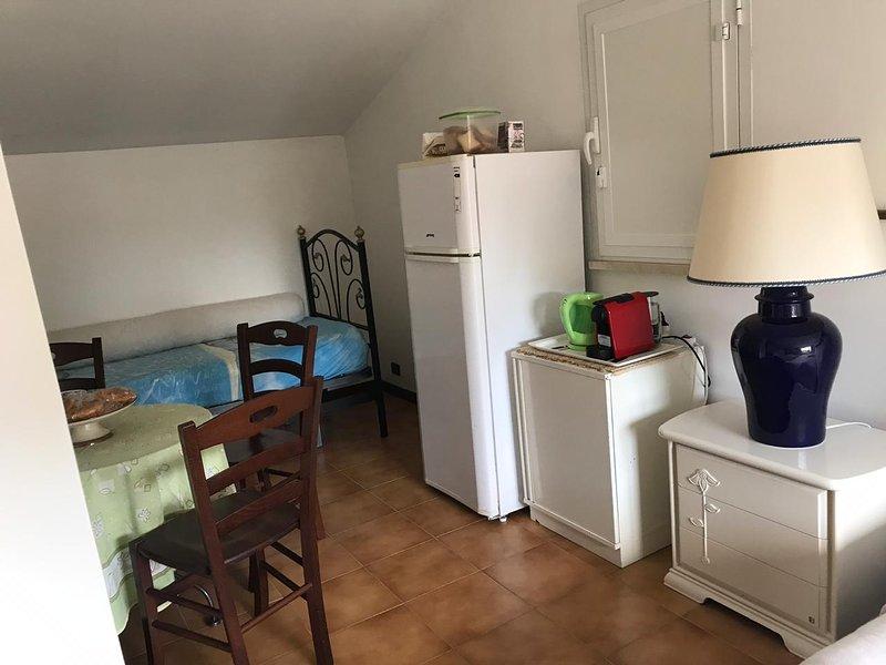 delizioso appartamento di 60mq cin balcone e vista su pineta, holiday rental in Passo Oscuro