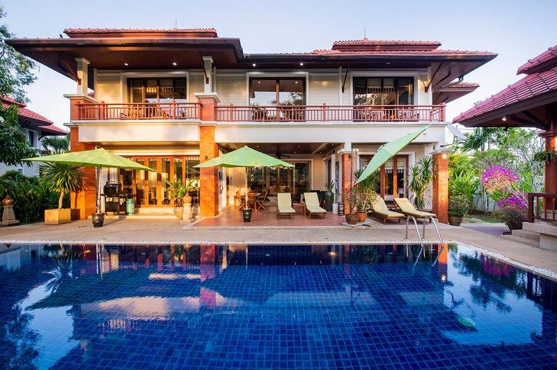4 BDR Laguna Phuket Pool Villa, Nr. 9, holiday rental in Cherngtalay