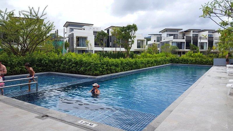 5 BDR Laguna Park Phuket Holiday Home, Nr. 26, casa vacanza a Si Sunthon