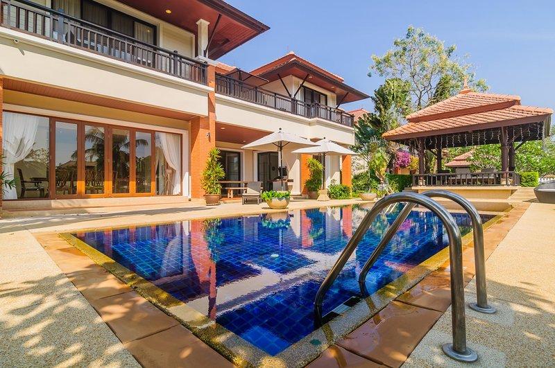 4 BDR Laguna Phuket Pool Villa, Nr. 7, holiday rental in Cherngtalay