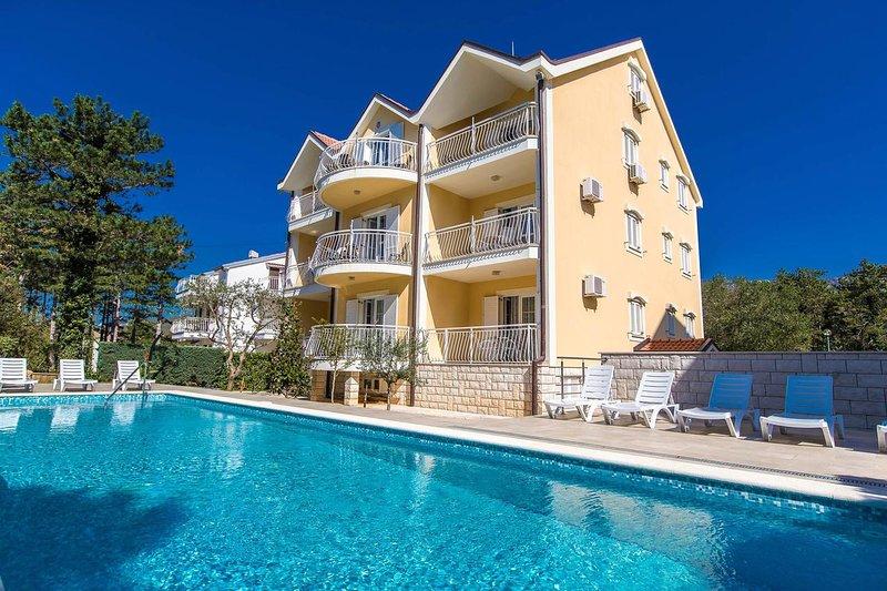 One bedroom apartment Jadranovo, Crikvenica (A-5521-c), location de vacances à Jadranovo