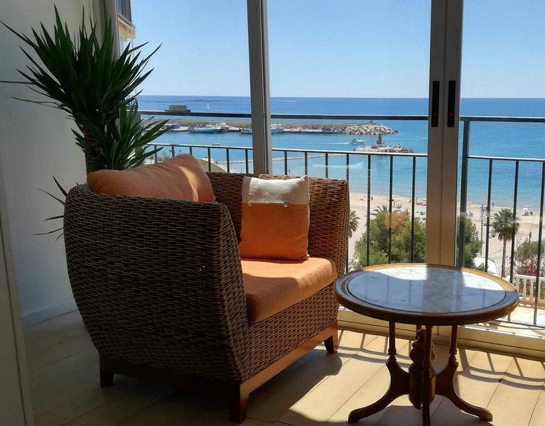 PLS 19 2º5, Coqueto apartamento con piscina y vistas al Mediterráneo – semesterbostad i Villajoyosa