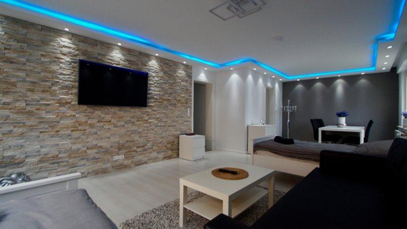 Luxus Wohnung BGL-10 nähe Köln City/Messe, aluguéis de temporada em Bergisch Gladbach