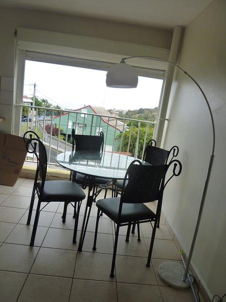 Nice apartment with sea view & Wifi, location de vacances à Schoelcher