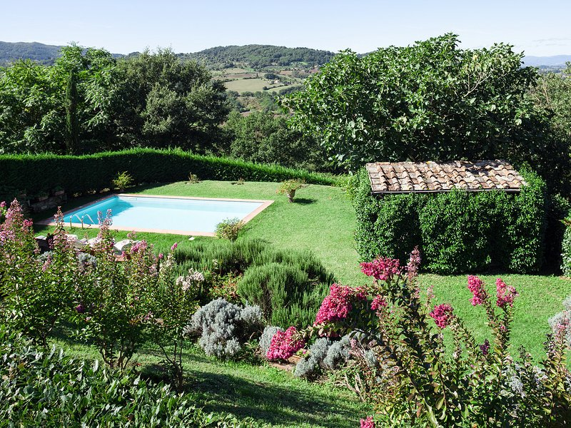 Barbiana Villa Sleeps 4 with Pool and WiFi - 5247592, holiday rental in Ricavo