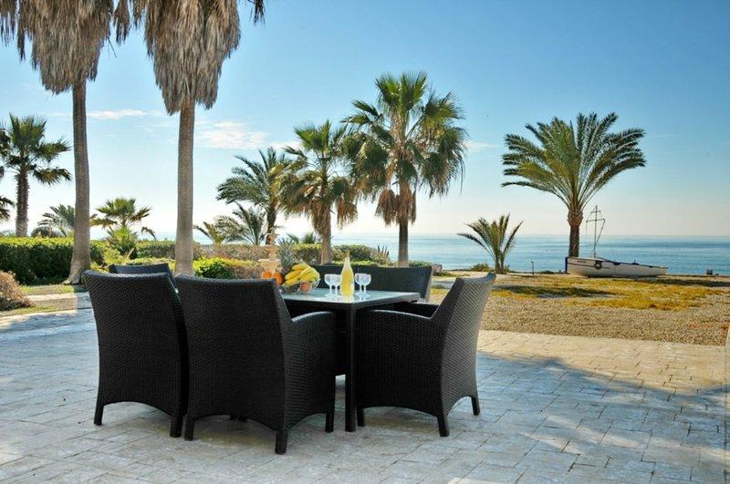 You Will Love This Luxury Villa with Balcony in Larnaca, Villa Larnaca 1006, holiday rental in Pervolia
