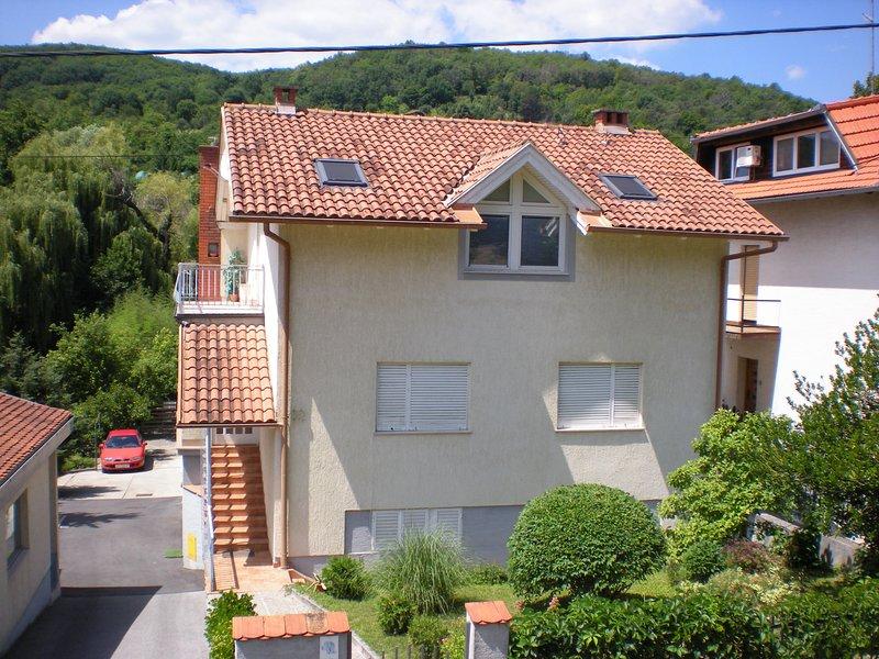 Appartamento Due al 59, holiday rental in Veliko Trgovisce