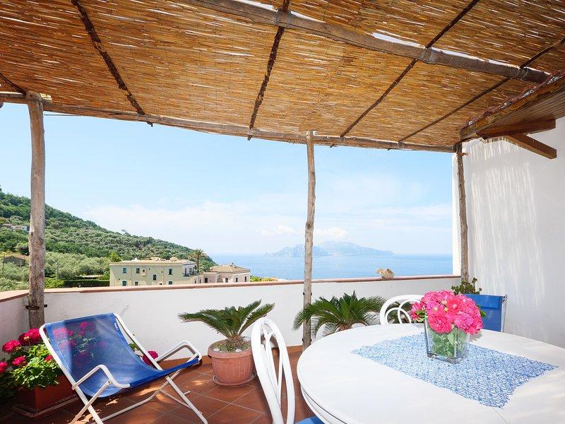 utrustad terrass med havsutsikt på Capri