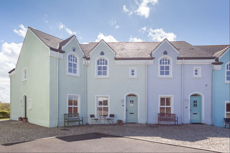 10 Ballaghmore Cottages Portballintrae, holiday rental in County Antrim