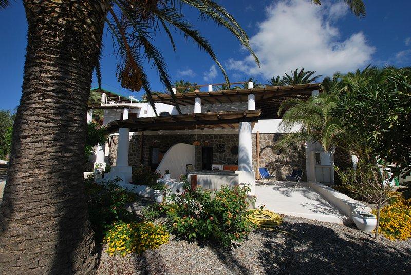 Stromboli Levante presso Case Quattrocchi, vacation rental in Lipari