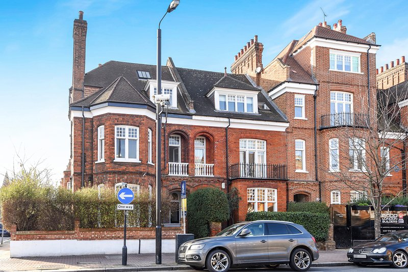 Apartment is at the rear of a lovely period building. It backs on to a quiet residential street.