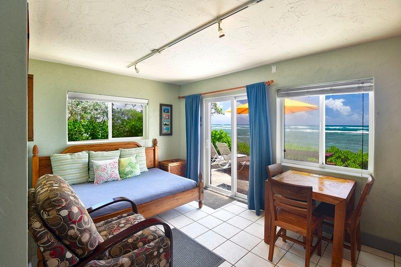 Ocean Breeze at Tiki Moon Villas 1 bedroom 1 bath apartment home, alquiler de vacaciones en Laie