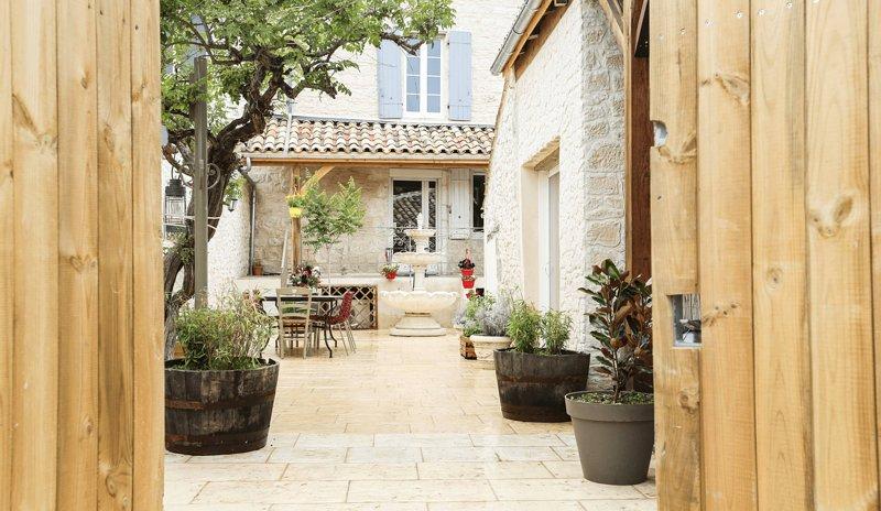 Location maison / Gîte 'Sources en Périgord' avec Hammam, holiday rental in Castillonnes