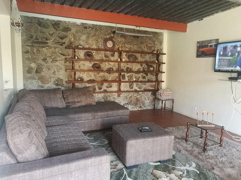 Naisar Apartments & Holiday Home, alquiler vacacional en Germiston