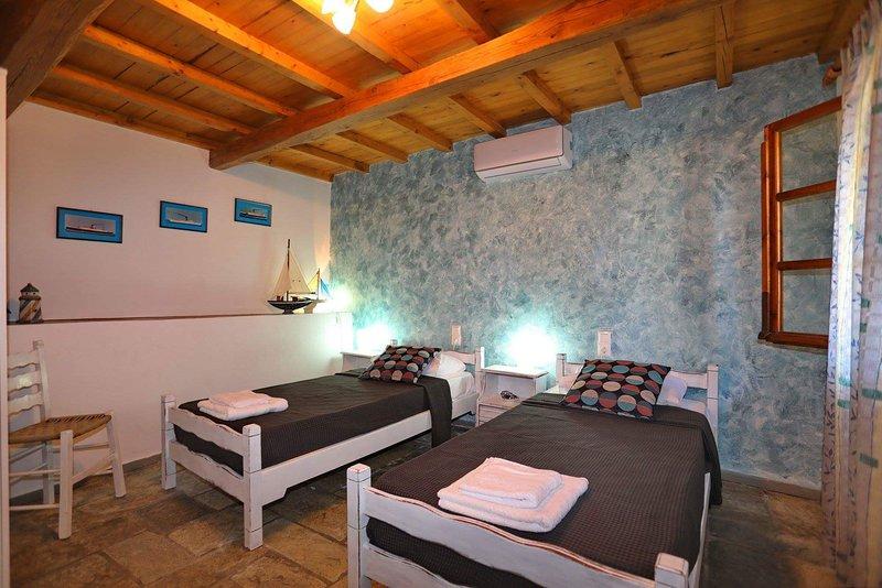 Skopelos Alikias Six Guest House, location de vacances à Ville de Skopelos