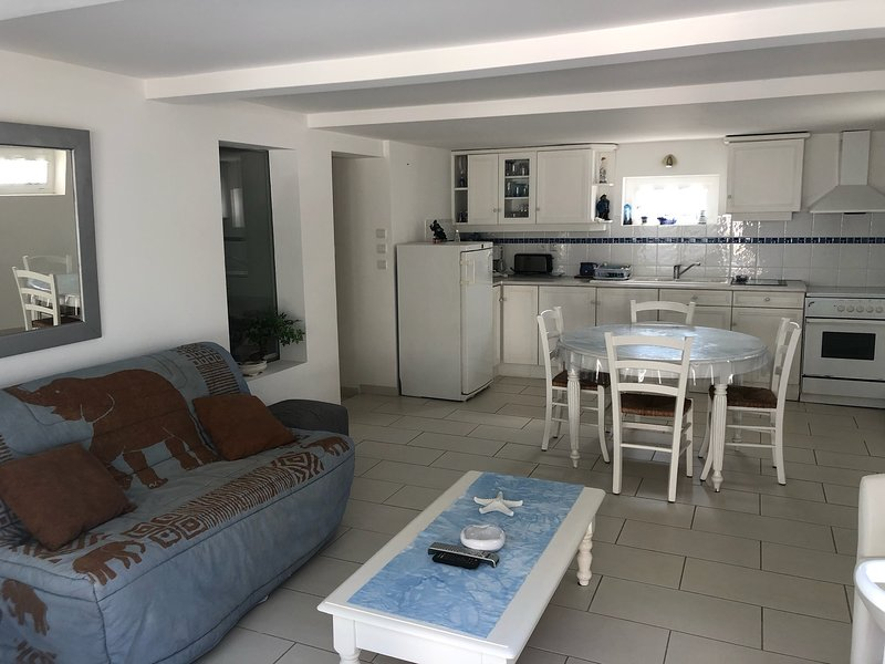 Nice apartment near the beach, vacation rental in Tharon-Plage