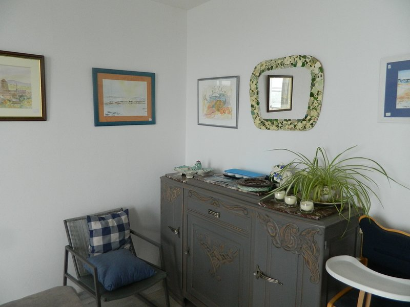 Beautiful house with sea view, vacation rental in Tredrez-Locquemeau