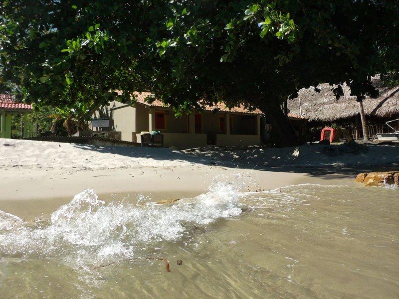 Moreré, Bem na beira da praia! Right on the beach!, vacation rental in Taperoa