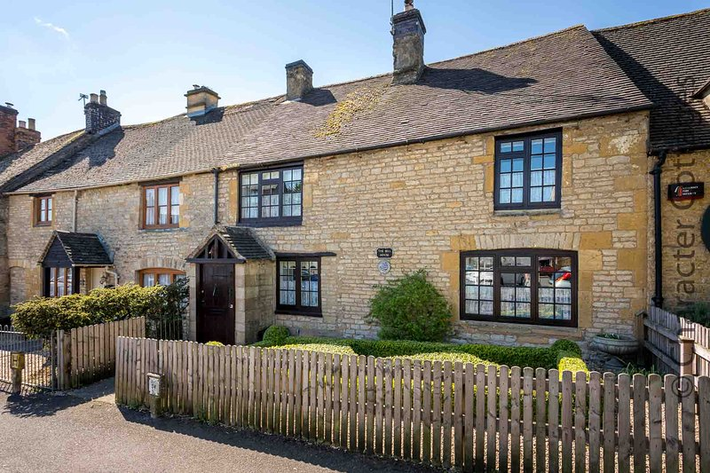 Welcome to The Bell House in Stow-on-the-Wold