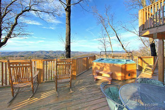 Deck at Eagles View Lodge