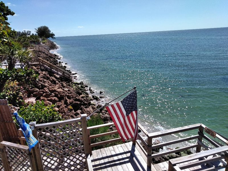 Ground Level Ocean View Unit 1, vacation rental in Englewood