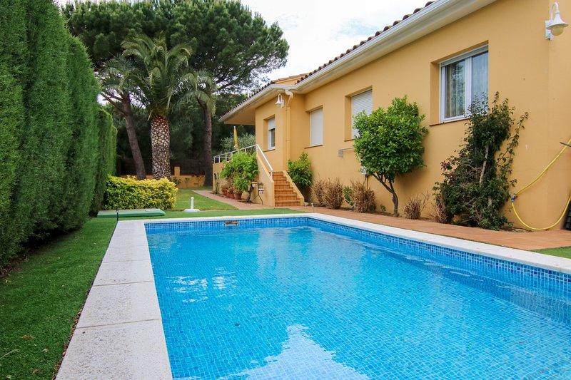 Villa Kodak, Villa con Piscina cerca del mar, vacation rental in Calella de Palafrugell