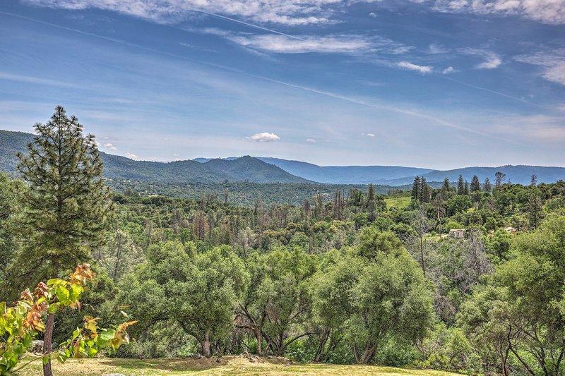 Te perderás en las vistas de Sierra Foothills.