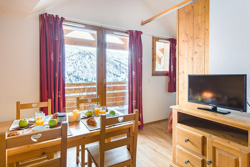 Sit back and relax in our functional apartment in Valmeinier! (PLEASE NOTE that views vary).