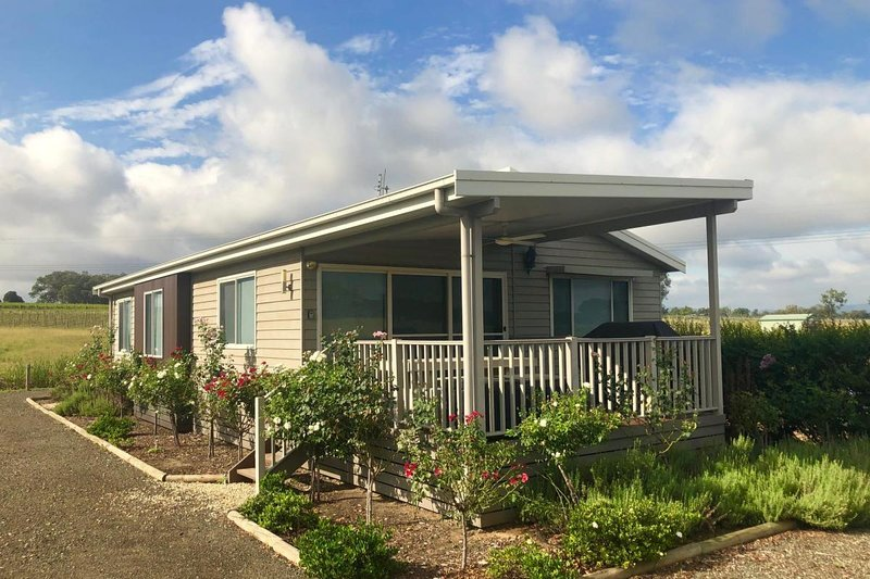 The Lake House - Lovedale Hunter Valley, holiday rental in Lovedale