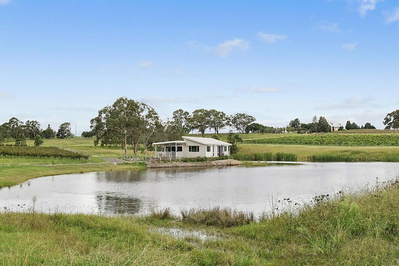 The Lake House Bay - Lovedale Hunter Valley, vacation rental in Rothbury
